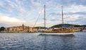 Gulet Linda on the Adriatic coast - dalmagic-cruise.com